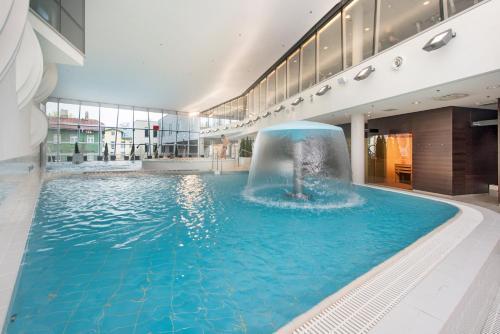 The swimming pool at or near Park Inn by Radisson Meriton Conference & Spa Hotel Tallinn