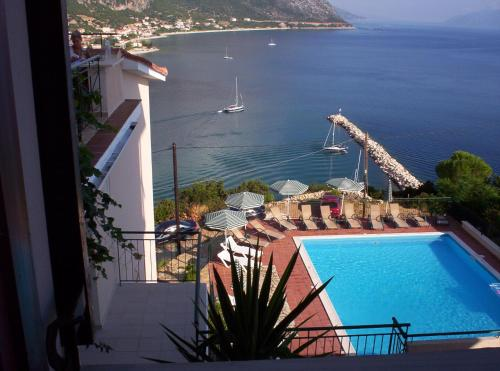 A view of the pool at Hotel Oceanis or nearby