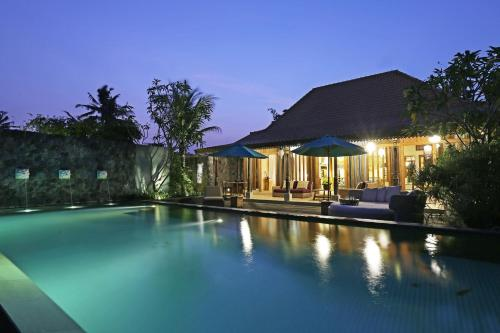 The swimming pool at or near The Purist Villas & Spa Ubud