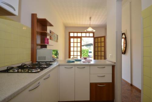 A kitchen or kitchenette at Borgo Veneziano