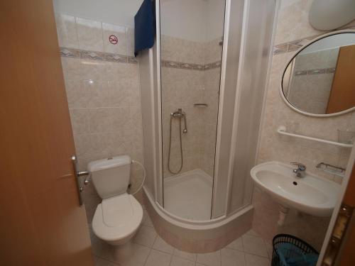 Ванная комната в Church Pension Praha - Husův Dům