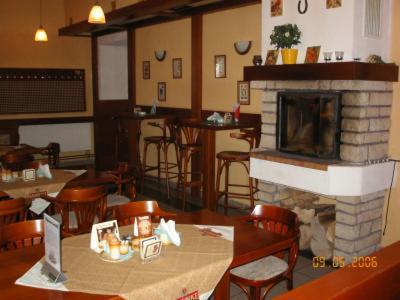 Restaurace v ubytování Hotel Vyzlovka