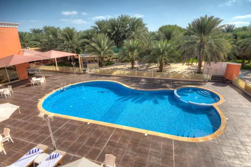 A view of the pool at Asfar Resorts Al Ain or nearby