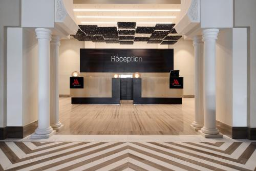 The lobby or reception area at Constantine Marriott Hotel