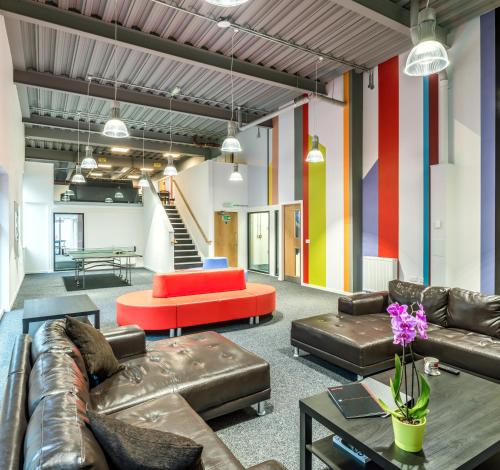 A seating area at Destiny Student – Shrubhill (Campus Accommodation)