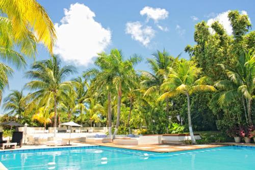 Бассейн в Oh! Cancun - The Urban Oasis или поблизости