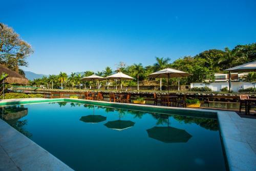 The swimming pool at or near Pousada Corsario Paraty