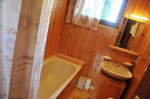 A bathroom at Swaens