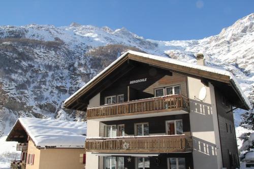 Ferienwohnungen Wallis - Randa bei Zermatt im Winter