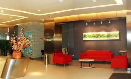 The lobby or reception area at Jinjiang Inn Changchun Train Station