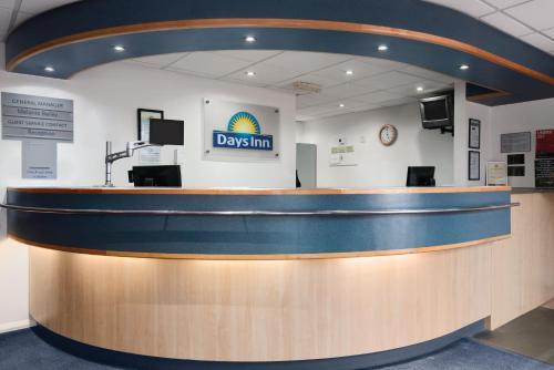The lobby or reception area at Days Inn Hotel Telford Ironbridge