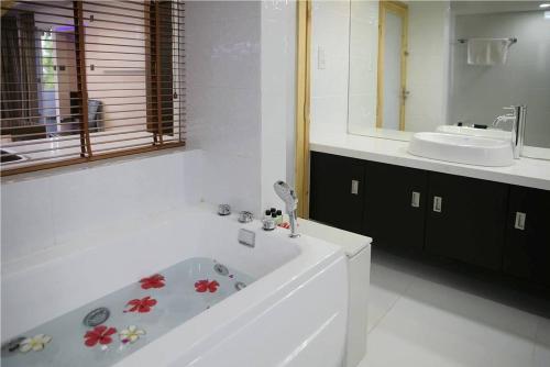 Salle de bains dans l'établissement Ripple Beach Inn