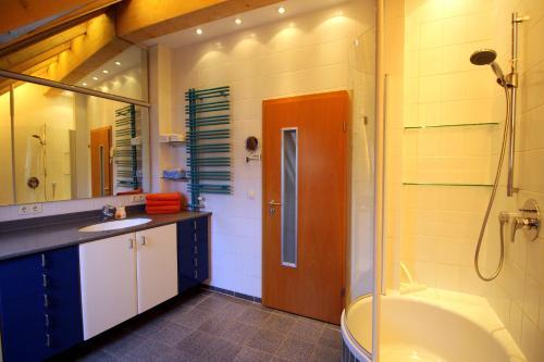 Ein Badezimmer in der Unterkunft Studio A Am Burgberg
