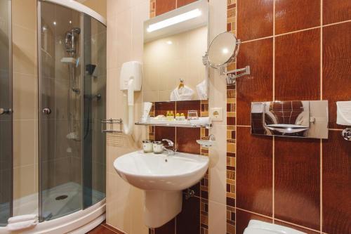 Ванная комната в Расстал Спа Отель