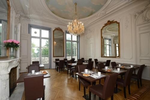 A restaurant or other place to eat at Odalys City Montpellier Les Occitanes