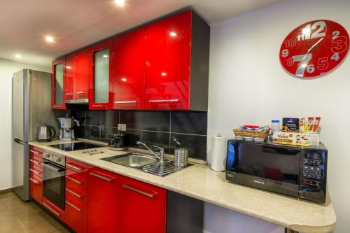 A kitchen or kitchenette at Holiday Budapest Superior Apartments