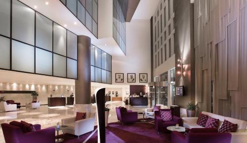 Ресторан / где поесть в Grand Millennium Al Wahda Abu Dhabi