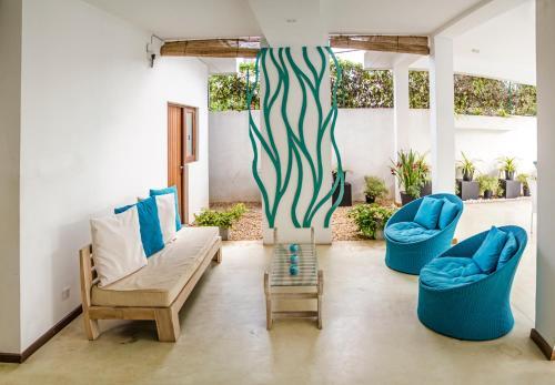 A seating area at Binnacle Negombo