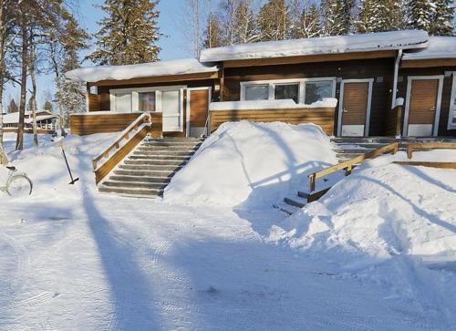Camping Merihelmi talvella