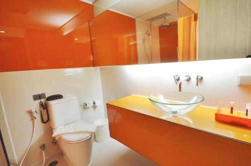 A bathroom at The Heritage Bangkok