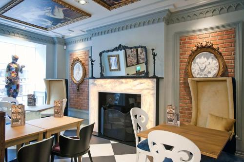 A seating area at The Guildhall and Linen Exchange Wetherspoon