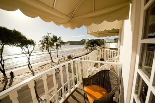 A balcony or terrace at Sol Nascente Hotel Beira Mar