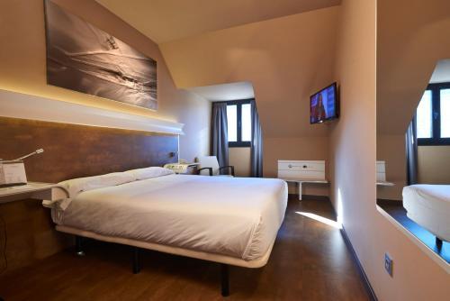 A room at Silken Monumental Naranco
