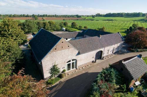Een luchtfoto van Hontemerhof Holiday Home