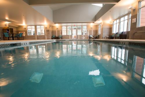 The swimming pool at or near Residence Inn by Marriott Omaha West