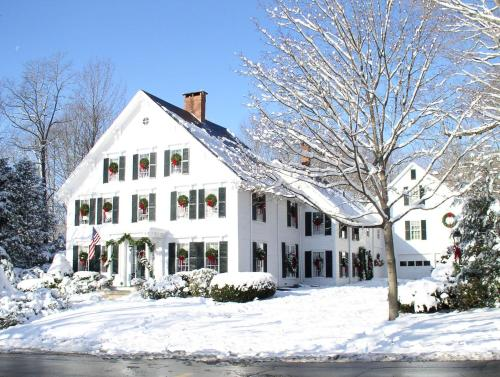 Camden Maine Stay Inn during the winter