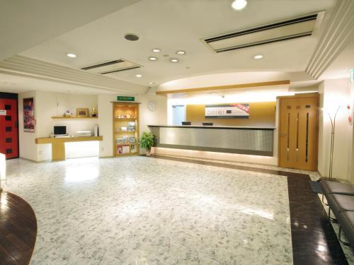 Area lobi atau resepsionis di Sasebo Green Hotel