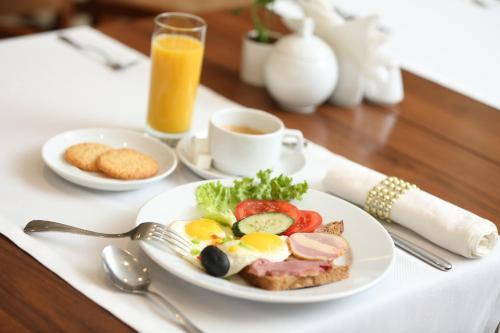 Завтрак для гостей Бишкек Бутик Отель