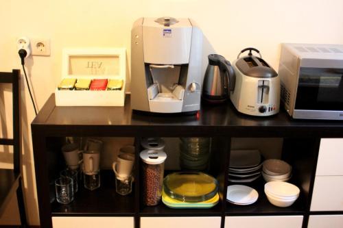 Принадлежности для чая и кофе в Проворный Верблюд