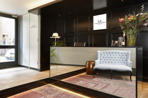The lobby or reception area at The Muse Amsterdam - Boutique Hotel