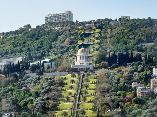 A bird's-eye view of Golden Crown Haifa