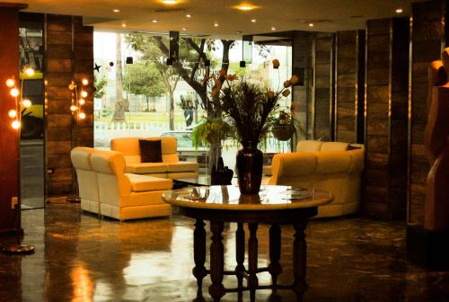 The lobby or reception area at Hotel Mayoral