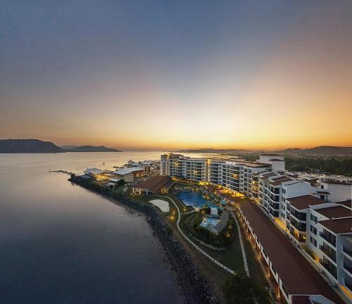 Pemandangan dari udara bagi Dayang Bay Resort Langkawi