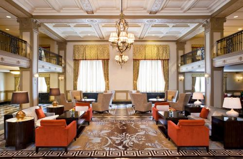 A restaurant or other place to eat at Westin Poinsett Greenville
