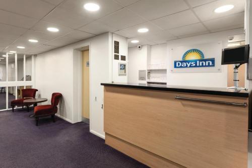 The lobby or reception area at Days Inn Bridgend Cardiff