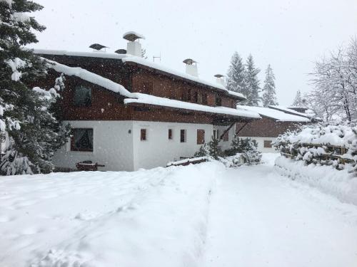 Casa Marmorata durante l'inverno
