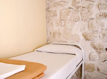 Cama ou camas em um quarto em Aloha - Eiffel Tower by Hiphophostels
