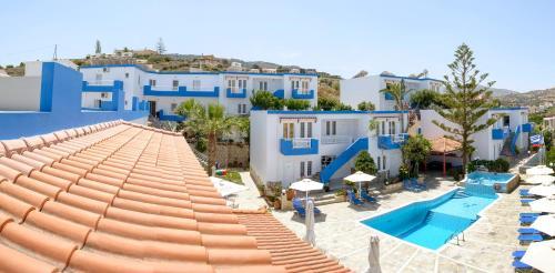 Θέα της πισίνας από το Belvedere Hotel Agia Pelagia ή από εκεί κοντά