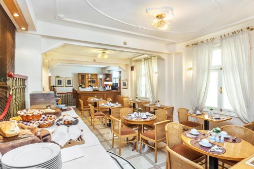 Εστιατόριο ή άλλο μέρος για φαγητό στο Minerva Premier Hotel