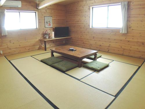A seating area at Sendaiya