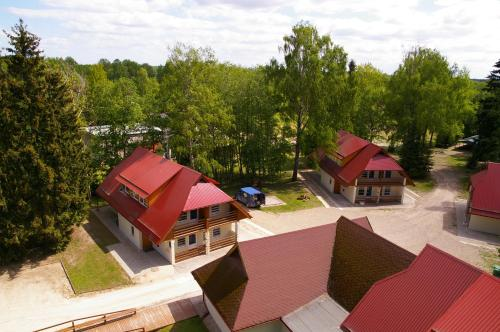 Vaade majutusasutusele Waide Motel linnulennult