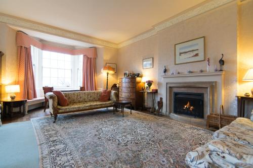 A seating area at Glenmore Country House B&B