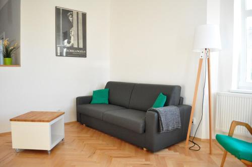 Posezení v ubytování Central-Modern-Apartment