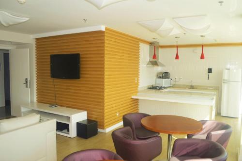 A kitchen or kitchenette at Flat Brasília - Setor Hoteleiro Norte