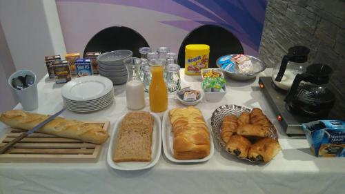 Breakfast options available to guests at Chez Maxim