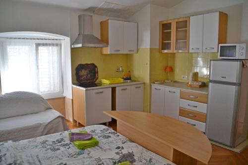 Kuhinja oz. manjša kuhinja v nastanitvi Apartment Dux
